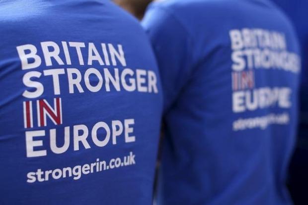 В Британии возобновили кампанию по Brexit, которую приостанавливали из-за убийства депутата