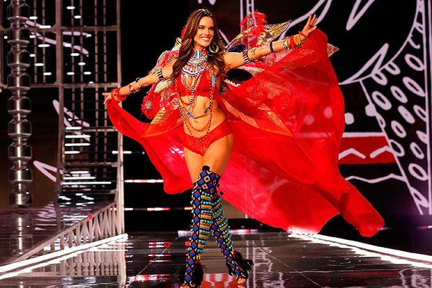 Модель Алессандра Амбросио покидает шоу Victoria's Secret навсегда