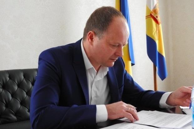 Николаевский чиновник, которого избили «деды морозы», связывает нападение со своей деятельностью