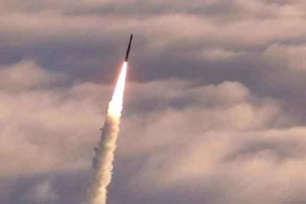 Северная Корея запустила очередную баллистическую ракету