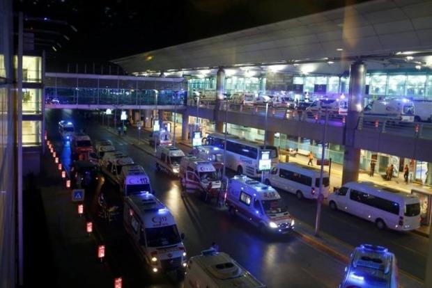 Порошенко выразил соболезнования семьям погибших во время теракта в Стамбуле