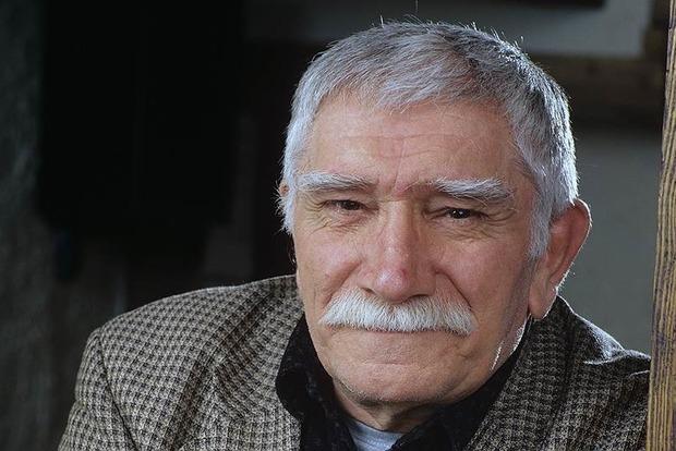 Умер Армен Джигарханян.