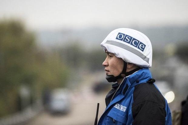 На Луганщине боевик с кавказским акцентом угрожал оружием представителям СММ ОБСЕ