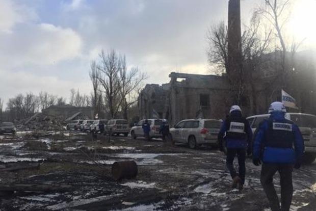СММ ОБСЕ эвакуировала базу из Светлодарска из-за обстрелов