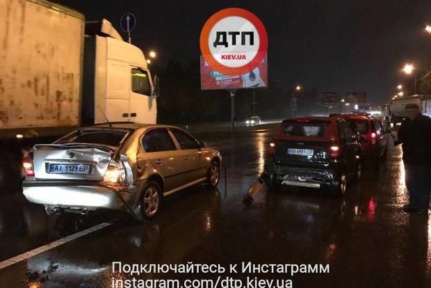 Популярный телеведущий попал в ДТП в Киеве
