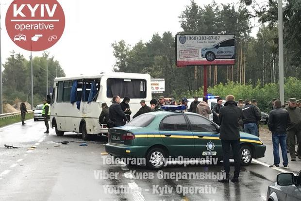 Прокуратура назвала предварительную причину ДТП с автобусом Нацгвардии под Киевом