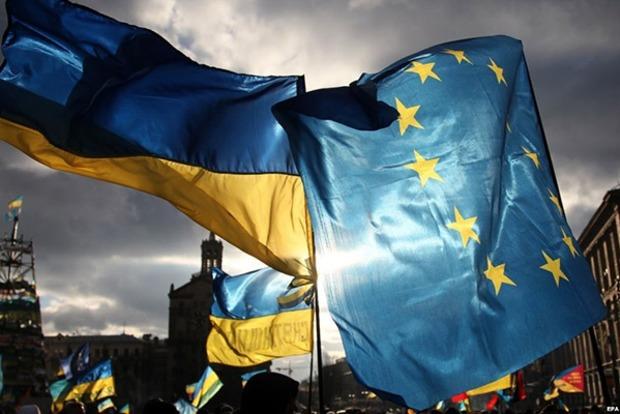 Послы ЕС одобрили безвизовый режим для Украины. Кабмин аплодирует