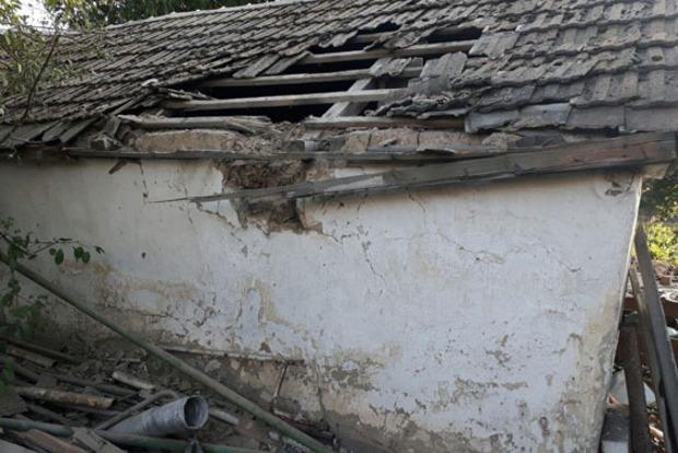 Боевики обстреляли жилые дома вМарьинке, есть разрушения