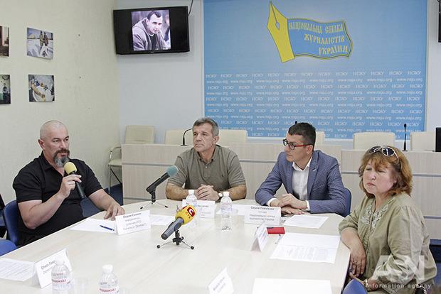Друзья и коллеги Сенцова просят приложить максимум усилий для его освобождения