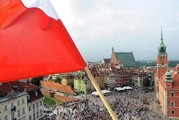 В Польше заявили о праве требовать от России военные репарации