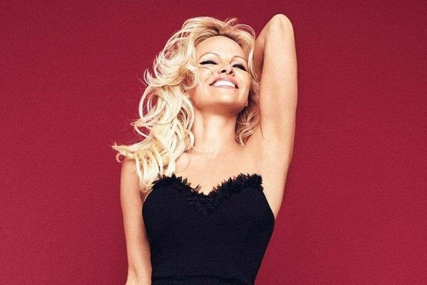 Памела Андерсон рассказала как работа в Playboy спасла ей жизнь