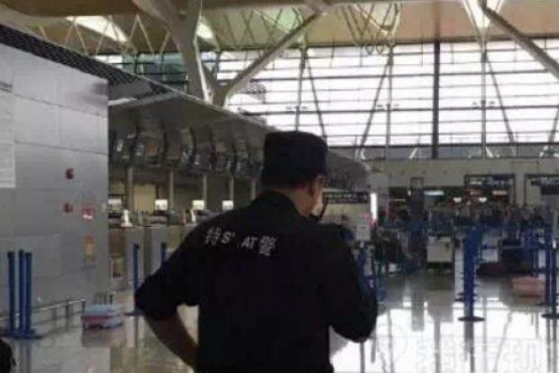 В аэропорту Шанхая прогремел взрыв, есть пострадавшие