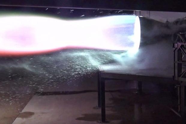Маск показал испытание космического двигателя для межпланетного корабля