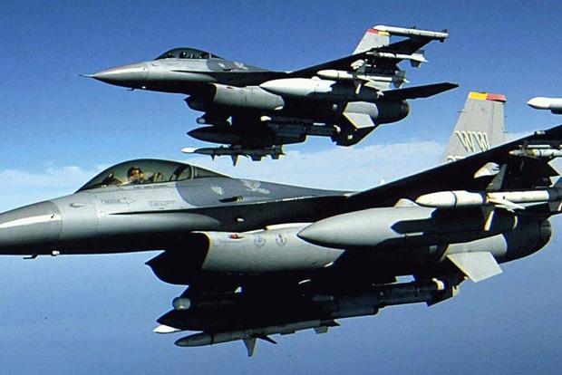 В США потерпел крушение военный истребитель