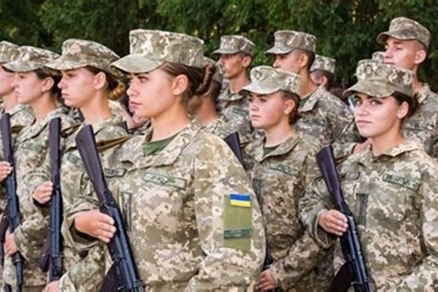 Минобороны: 450 девушек поступили в военные учебные заведения в 2021 году
