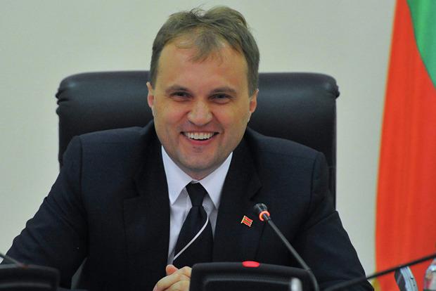 Экс-президент Приднестровья Шевчук покинул Молдову