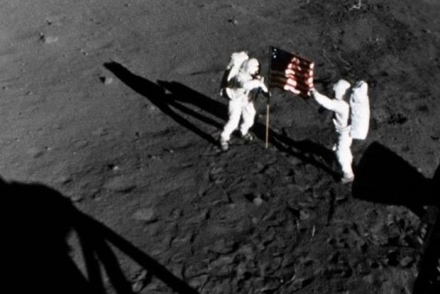 Рогозин хочет проверить, были ли американцы на Луне