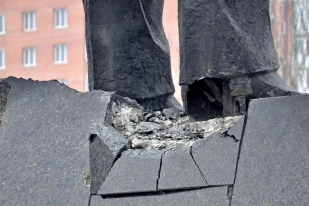 Боевики выдворяют из Донецка троих волонтеров