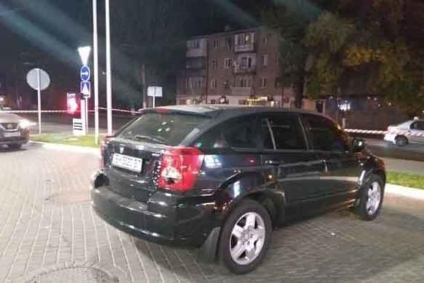 В Одессе на светофоре расстреляли авто с активистом Автомайдана