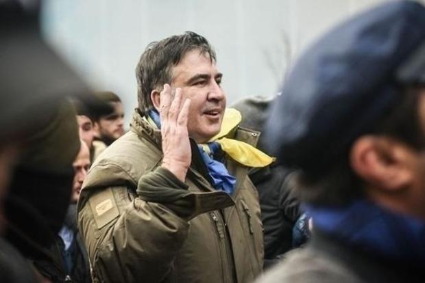 Саакашвили: Порошенко вомногом стал похож наЯнуковича