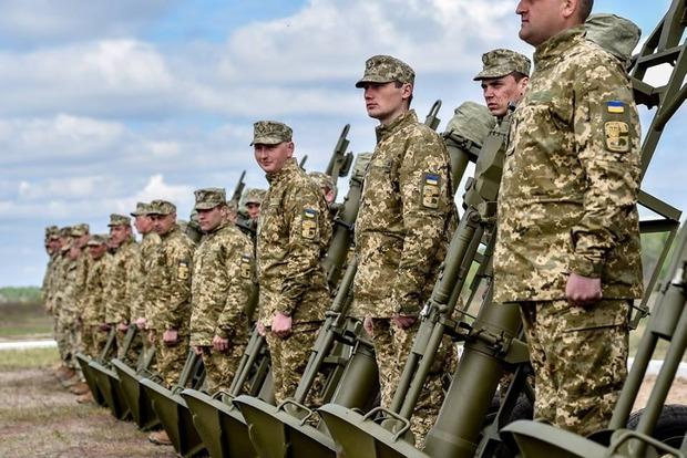 Порошенко передав для ЗСУ нову реактивну ракету «Вільха»
