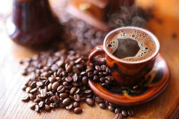 Хорошая потенция, ум и выносливость: 9 причин начать утро с чашечки кофе