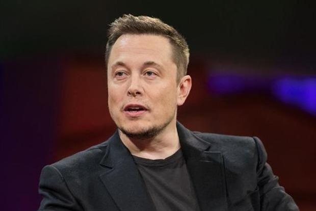 Маск выплатит штраф и покинет пост главы совета директоров Tesla