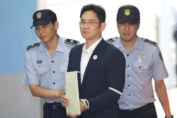 Один из богатейших людей Южной Кореи, глава Samsung на 5 лет сядет в тюрьму