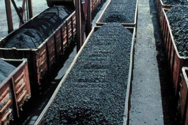Украина закупает до 9 млн тонн угля в год на захваченных территориях Донбасса