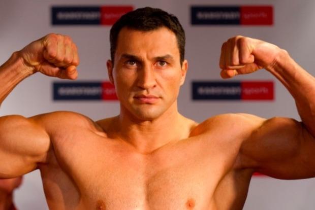 Владимир Кличко предупредил Джошуа: Могу нокаутировать с обеих рук