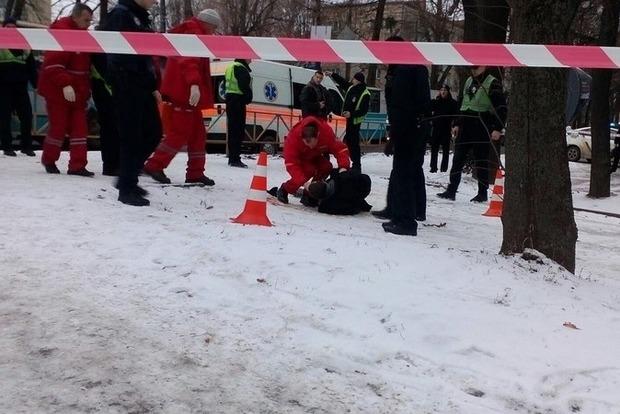 В Хмельницком патрульные застрелили мужчину, ранившего трех человек