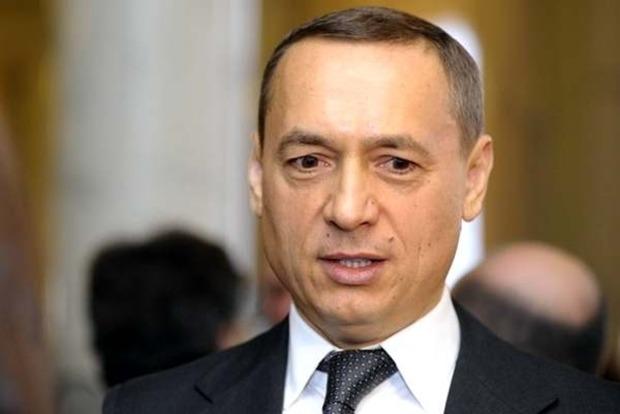 Мартыненко собирается сложить депутатский мандат