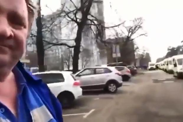 Все, кирдык - 1100 человек в день! Водитель московской скорой подорвал сеть своим видео (18+)