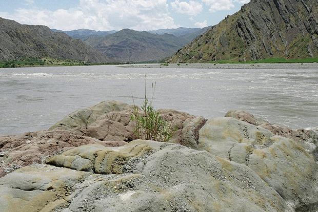 В Афганистане в результате наводнения погибли 45 человек, среди них много детей