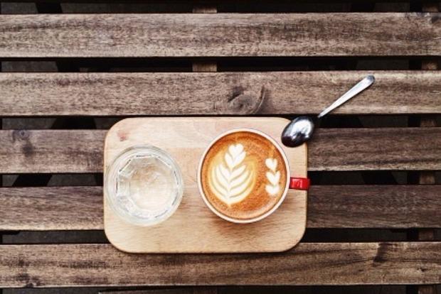 Ученые высчитали, сколько чашек кофе в день остановят старение