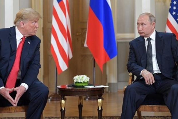 Странный язык тела: Журналисты заметили, как Трамп подмигнул Путину