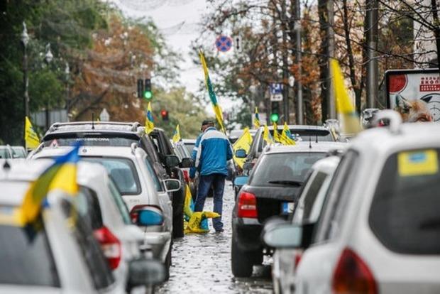 С начала года в Украину ввезли 611 тысяч евроблях