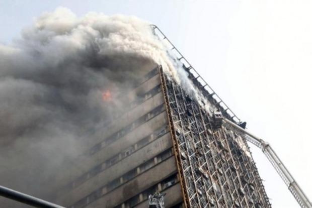 В результате обрушения торгового центра в Тегеране пострадало 75 человек