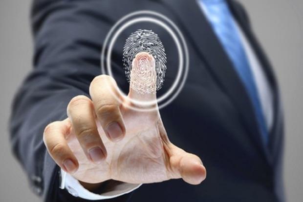 В Украине можно будет рассчитываться с помощью отпечатка пальца