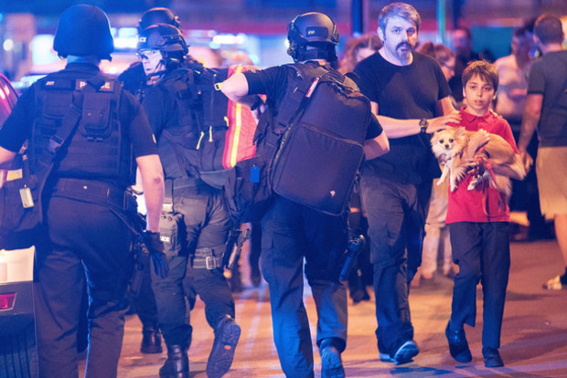 МИД выясняет, нет ли украинцев среди пострадавших в теракте в Манчестере
