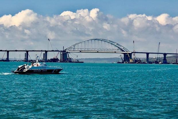 Конфликт на Азове: оккупанты открыли Керченский пролив