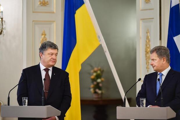 Порошенко отказался давать интервью российским журналистам: «Перестаньте убивать украинцев»