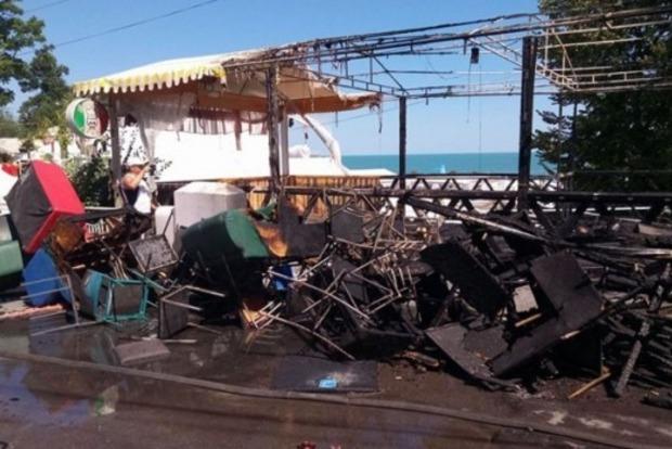 Повсюдні пожежі в ресторанах Одеси: переділ бізнесу чи порушення правил пожежної безпеки?
