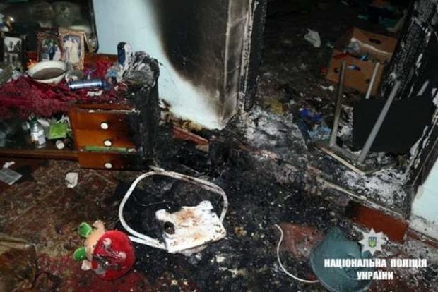 Батько закрив у будинку: У пожежі на Прикарпатті загинули діти 1 і 4 років
