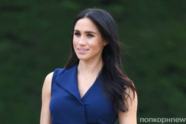 Королевская беременность, Меган Маркл начала открыто носить облегающие живот платья