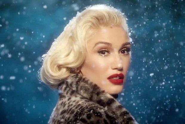 Рождество близко. Гвен Стефани сняла атмосферный клип в стиле золотого Голливуда