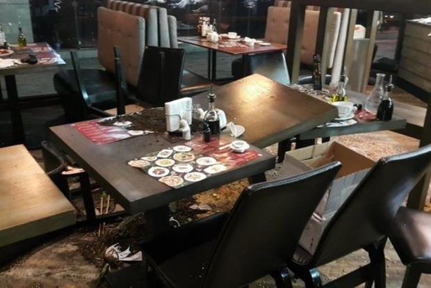 В Киеве пьяные посетители разгромили ресторан