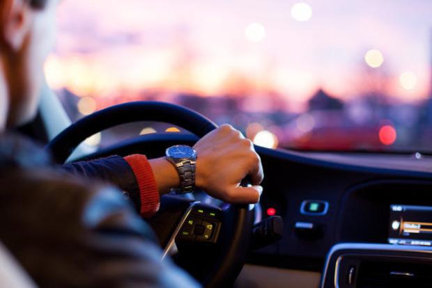 Минздрав запретил садиться за руль при любых болезнях