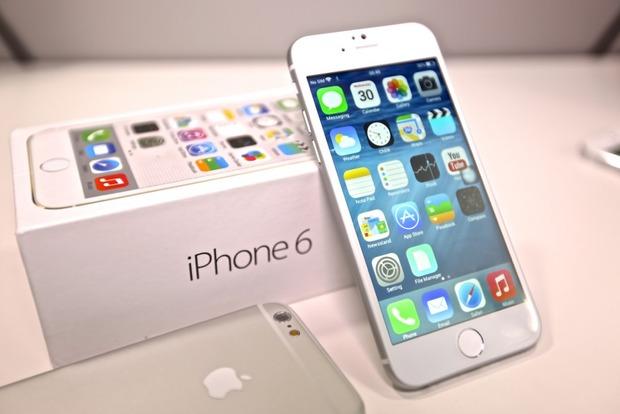 В Киеве чиновник требовал iPhone 6 в качестве взятки