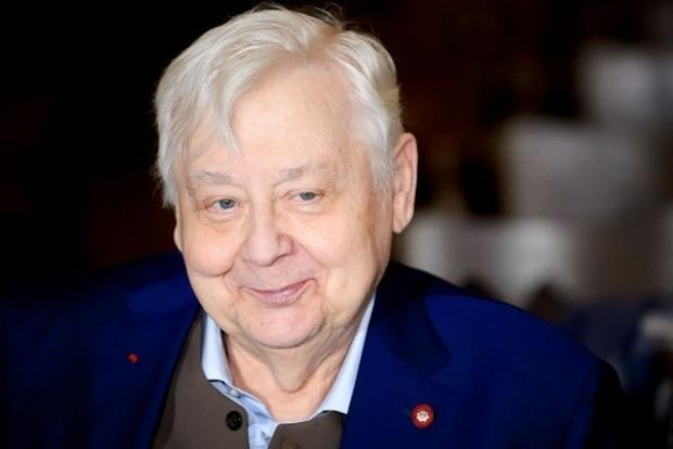 Дети Табакова назвали разные причины госпитализации отца